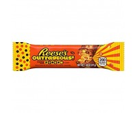 Reese's Outrageous! Stuffed with Pieces Candy (41g)